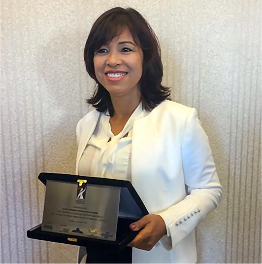 Sílvia Chaves, nossa fundadora, ganha o  prêmio empreendedora  do ano pelo SEBRAE